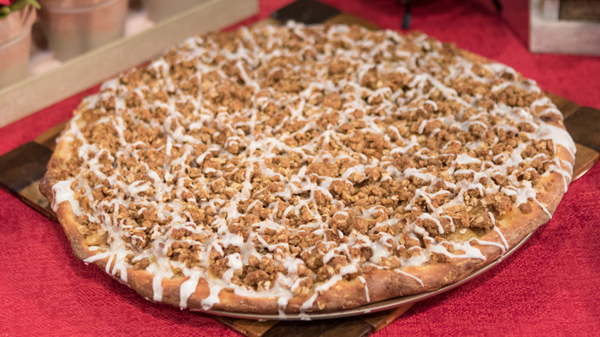 Apple Streusel Pizza by the Micheff Sisters