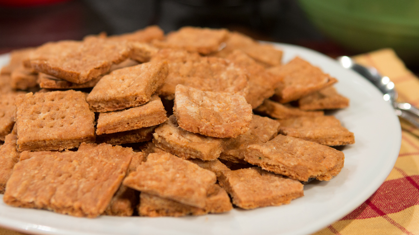 Homemade Crackers by The Micheff Sisters